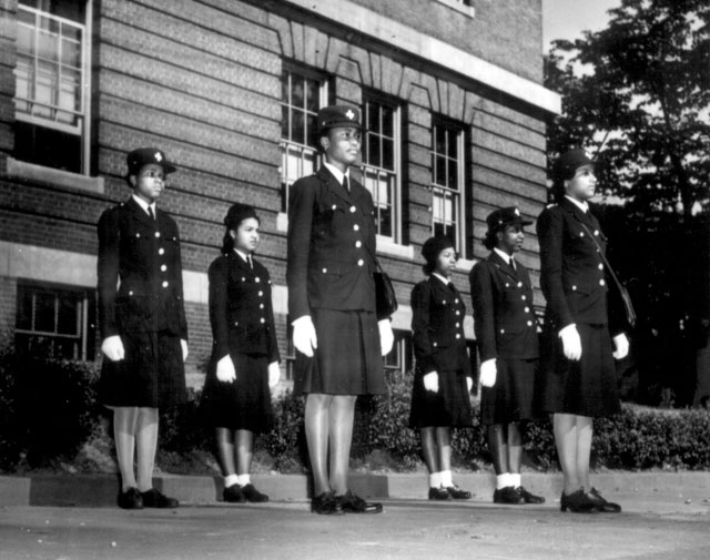 Cardozo High School, Washington, DC. High School Victory Corps. June 1943. Bonn. 12-E-41-398.